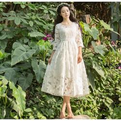 Art Fashion : Đầm ren công chúa xinh mơ màng