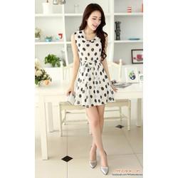Đầm suông chấm bi trắng