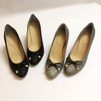 Giày cao gót kim tuyến gót vuông