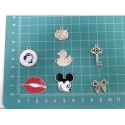Mặt dây chuyền dễ thương làm handmade -set 8 cái