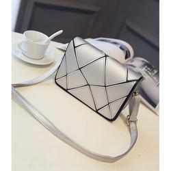 Túi xách nữ đeo chéo họa tiết ngẫu nhiên cá tính màu bạc