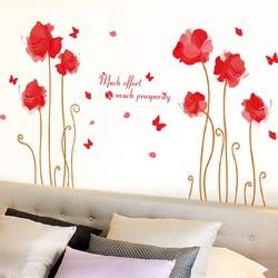 Hoa và bướm đỏ