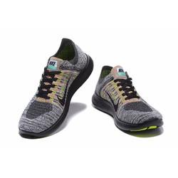 Giày thể thao mới nhất mềm tạo cảm giác thoải mái cho đôi chân