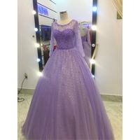 áo cưới tím hồng tay dai lấp lánh hàng có sẵn cao cấp