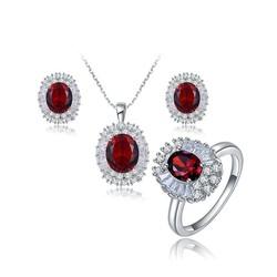 Bộ trang sức đính đá pha lê đỏ thương hiệu ROXI