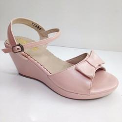Giày nữ đế xuồng thời trang