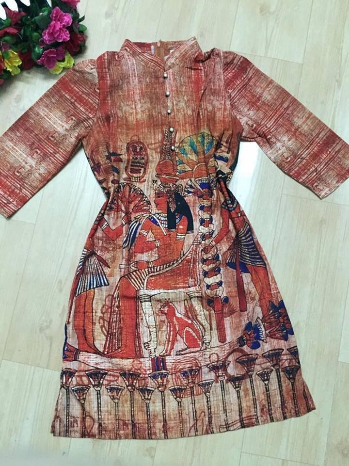 Đầm suông họa tiết ai cập 2