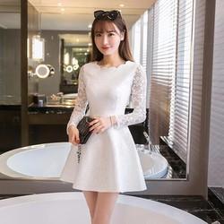 Đầm ren tiểu thư màu trắng