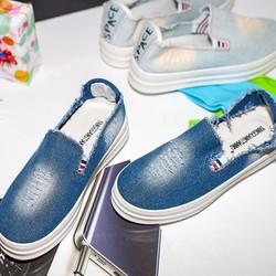 Giày slip on jeans nữ phong cách trẻ trung SL288