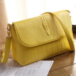 Túi xách họa tiết nổi mầu vàng TX26