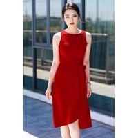 Đầm body đỏ xẻ tà D588