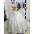 áo cưới phi chân ren tùng đep xinh