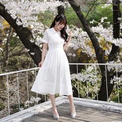 Đầm maxi ren Dưới bóng hoa anh đào