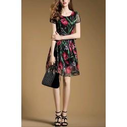 Đầm Suông Họa Tiết Hoa TuLip