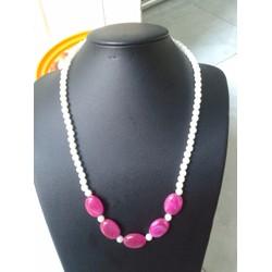 vòng cổ ngọc trai phối hạt đá màu hồng cực đẹp
