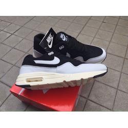 giày thể thao đẹp chất lượng tốt