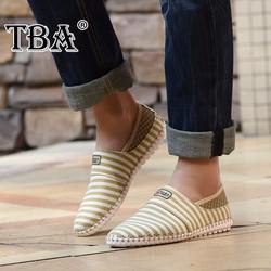 Giày lười kẻ sọc chất liệu mềm mại kiểu dáng hợp thời trang
