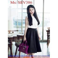Sét áo kiểu sát nách xinh đẹp và chân váy xòe duyên dáng SEV386