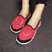 Giày lười thể thao lưới màu đỏ VV67