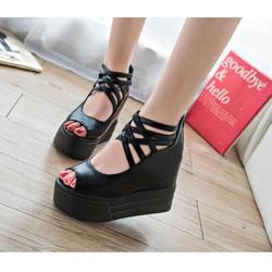 Giày sandal đế bánh mì cá tính SD153D