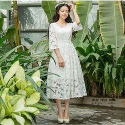 Đầm ren xoè công chúa xinh mơ màng