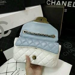 Túi xách Chanel phối màu