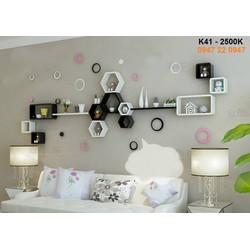 Kệ gỗ treo tường phòng khách độc đáo K41