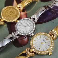 Đồng hồ nữ dạng kiềng cá tính