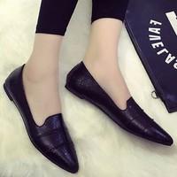 Giày mũi nhọn kiểu dáng đơn giản cho bạn gái tha hồ phối đồ-136