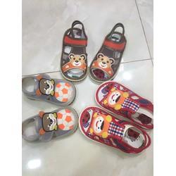 Giày cho bé 1 tuổi đến 4 tuổi có kèn
