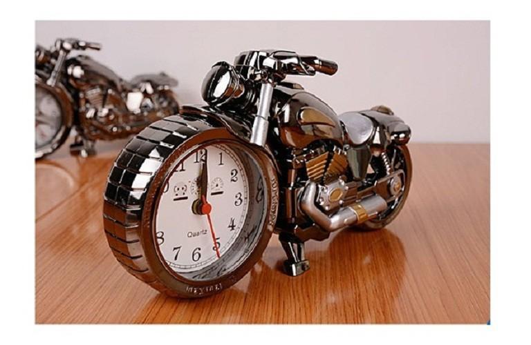 Đồng hồ để bàn hình xe moto phân khối lớn 5