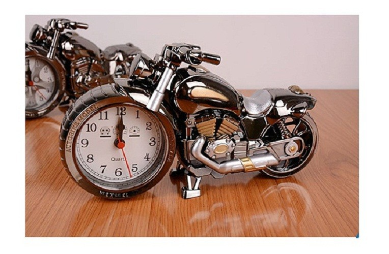Đồng hồ để bàn hình xe moto phân khối lớn 4