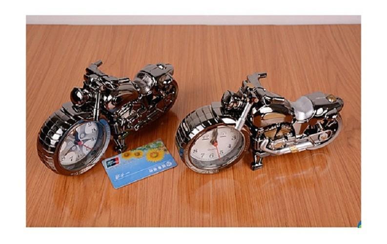 Đồng hồ để bàn hình xe moto phân khối lớn 3