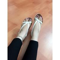 HÀNG CAO CẤP LOẠI I - Giày sandal xỏ ngón chéo dây