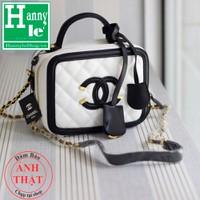 Chanel Vanity Case 33