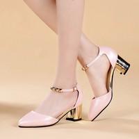 Giày gót vuông kim loại quai trang trí - LN363