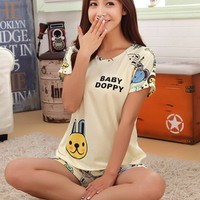 Đồ mặc nhà cho bạn gái trẻ trung năng động - 123