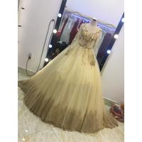 áo cưới da đồng ren chân ren cao sang trọng