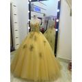 áo cưới vàng đồng ren nổi 3d