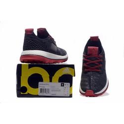 Giày thể thao chính hãng giá cả tốt 0201
