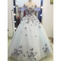 áo cưới ren hoa xinh