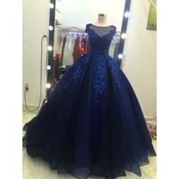 áo cưới xanh đen sọc caro sang trọng ân tượng