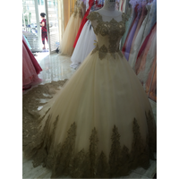 áo cưới đuôi 1m giá mềm