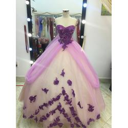áo cưới tím pha cực xinh đang co sẵn
