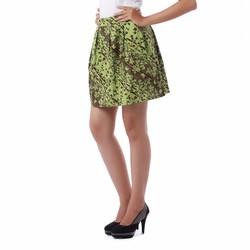 Chân váy xếp ly hoa kate xanh chuối