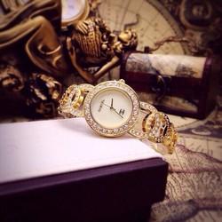 Đồng hồ dạng lắc tay cực hot