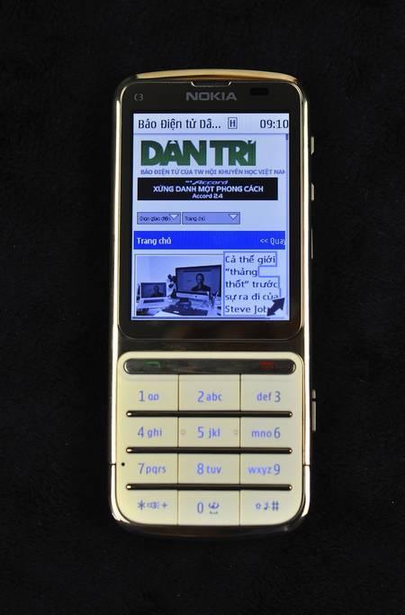 Điện thoại Nokia C3-01 gold 15