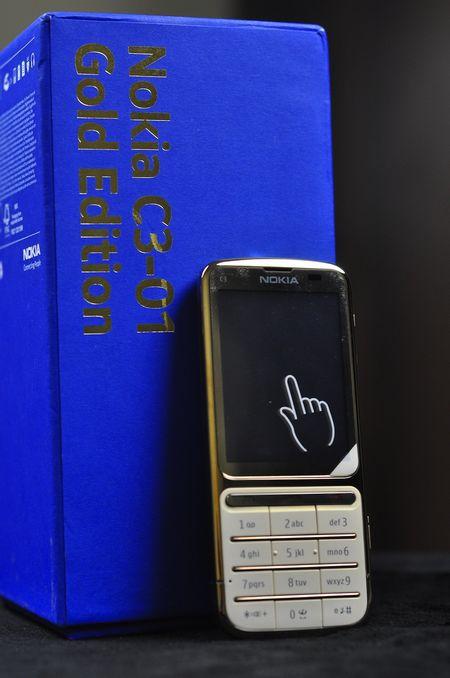 Điện thoại Nokia C3-01 gold 16
