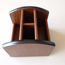 Hộp bút bằng gỗ, xoay 360 độ