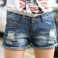 quần Short Jean rách túi chữ K năng động - 129